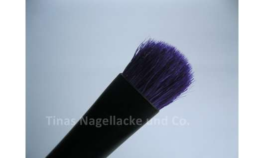 essence eyeshadow brush