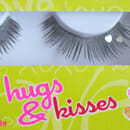 essence hugs & kisses false eyelashes – 01 sugarpie honeybunch (LE)