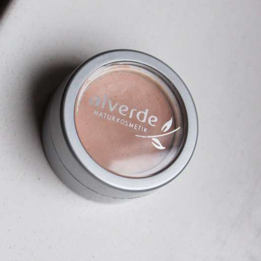 alverde Cream To Powder Concealer, Farbe: 20 Ivory
