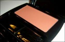 Produktbild zu AVON Ideal Luminous Blush – Farbe: Russet