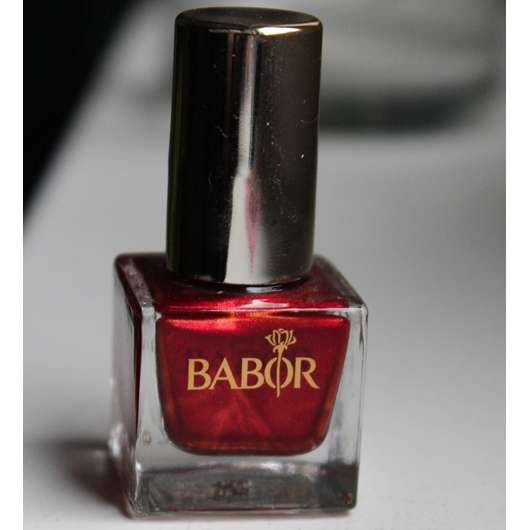 <strong>BABOR</strong> Ultra Performance Nail Colour - Farbe: 23 dramatic red