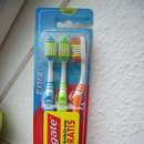 Colgate Extra Clean Zahnbürste (Medium)