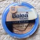 Balea Young Soft & Clear Mattierendes Kompakt Puder, Farbe: 02 Beige