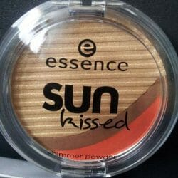Produktbild zu essence sun kissed shimmer powder (LE)