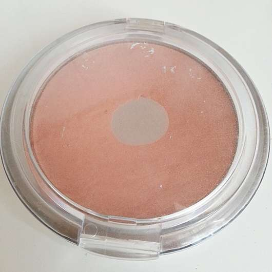 essence mattifying compact powder, Farbe: 02 soft beige