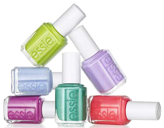 "essie ""naughty nautical"" Sommer-Kollektion 2013"
