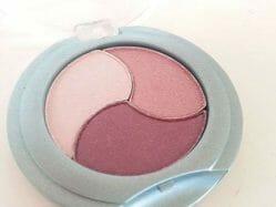 Produktbild zu Alterra Naturkosmetik Lidschatten Trio – Farbe: 02 Shiny Violet