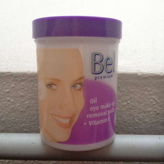 <strong>Bel Premium</strong> Oil Eye Make-up Removal Pads + Vitamin E