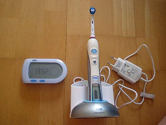 <strong>Oral-B</strong> Professional Care Triumph 5000 mit drahtlosem Smartguide
