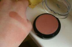 Produktbild zu agnès b. Creamy Blush – Farbe: Crème Cannelle