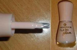 Produktbild zu essence nude glam nail polish – Farbe: 04 iced latte