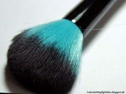 Produktbild zu Rival de Loop Young Caribbean Night's Powder Brush (LE)