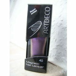Produktbild zu ARTDECO Magnetic Nail Lacquer – Farbe: 40 Magnetic Purple