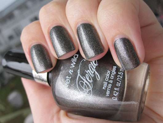 wet n wild Fergie Nail Color, Farbe: A023 Heels of Steel (LE)