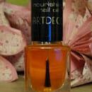 Artdeco Nourishing Nail Oil with macadamia oil