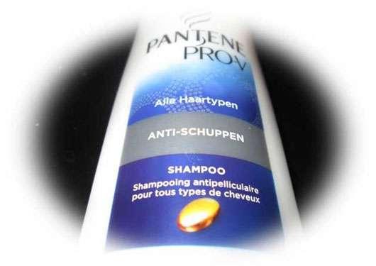<strong>PANTENE PRO-V</strong> Anti-Schuppen Shampoo