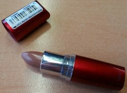 Produktbild zu Maybelline New York Moisture Extreme Lippenstift – Farbe: 742 Luminous Beige