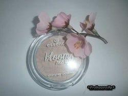 Produktbild zu essence bloom me up! shimmer powder – Farbe: 01 rose it up! (LE)