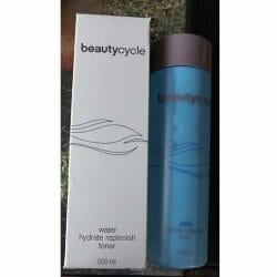 Produktbild zu beautycycle water hydrate replenish toner