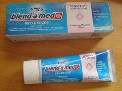 Produktbild zu Oral-B blend-a-med Pro-Expert Sensitiv + Sanftes Weiß Zahncreme