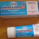 Oral-B blend-a-med Pro Expert Sensitiv + Sanftes Weiß Zahncreme
