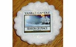 Produktbild zu Yankee Candle Season Of Peace Tart