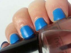 Produktbild zu KIKO Denim Nail Lacquer – Farbe: 464 essential sky blue (LE)