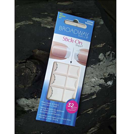 Broadway Nails Stick-On Strips, Design: French Accent