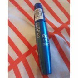 Produktbild zu Catrice Allround Mascara Waterproof – Farbe: 010 Blackest Black