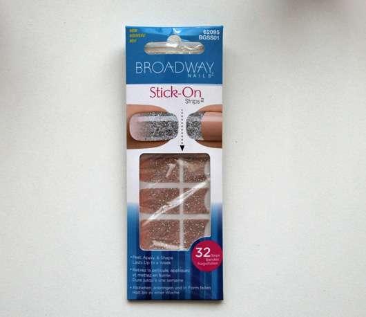 <strong>Broadway Nails</strong> Stick-On Strips - Design: Digital Diva