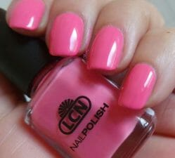 Produktbild zu LCN nail polish – Farbe: 388 pink butterfly (LE)