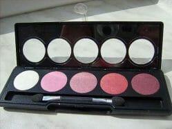 Produktbild zu Flormar Color Palette Eye Shadow – Farbe: 06