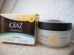 Produktbild zu Olaz Essentials Complete Tagescreme Sensitive