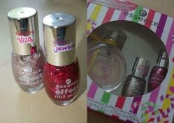 Produktbild zu essence effect nail polishes – Farbe: love apple/candy crush (LE)