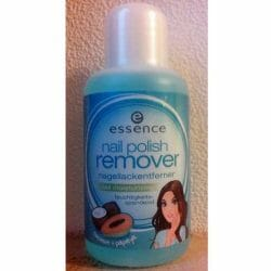 Produktbild zu essence nail polish remover nail moisturizing (coconut & papaya)