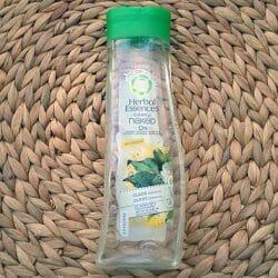 Produktbild zu Herbal Essences Clearly Naked Glanz-Shampoo