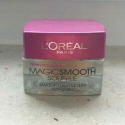 Produktbild zu L'ORÉAL PARiS Magic Smooth Soufflé Makeup – Farbe: 516 Nude Beige