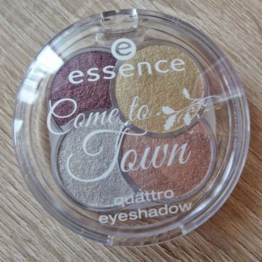 essence come to town quattro eyeshadow, Farbe: 02 naughty or nice? (LE)