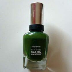 Produktbild zu Sally Hansen Complete Salon Manicure Nagellack – Farbe: 702 Evergreen (LE)