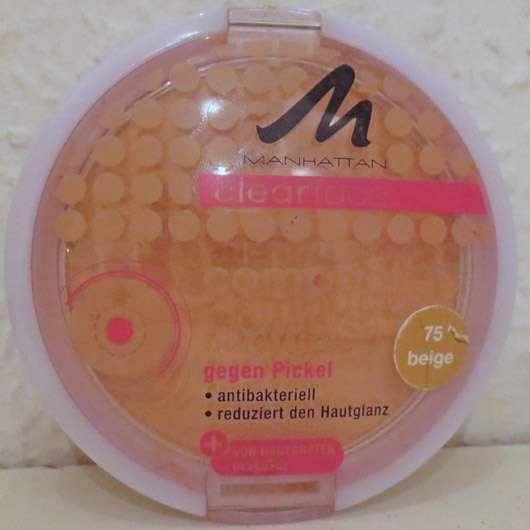 <strong>MANHATTAN CLEARFACE</strong> Compact Powder - Farbe: 75 Beige