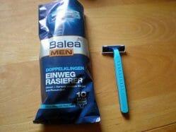 Produktbild zu Balea Men Doppelklingen Einwegrasierer