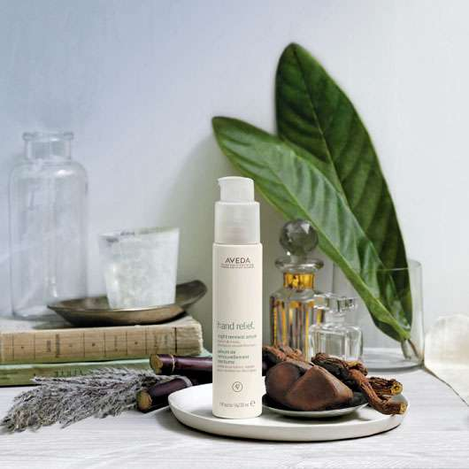 AVEDA HAND RELIEF™ NIGHT RENEWAL SERUM