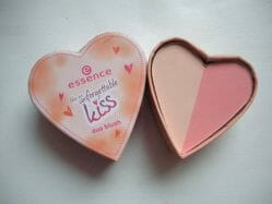 Produktbild zu essence like an unforgettable kiss duo blush – Farbe: 01 nothing but lovestones (LE)