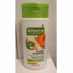 Produktbild zu Alterra Naturkosmetik Glanz-Shampoo Bio-Aprikose & Bio-Weizen