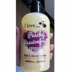 Produktbild zu I love… Peachy Passionfruit bath & shower crème (LE)