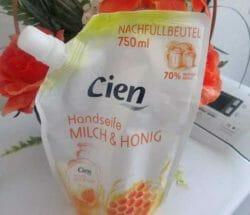 Produktbild zu Cien Handseife Milch & Honig (Nachfüllbeutel)