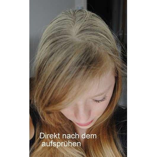 """direkt nach Aufsprühen des Batiste Hint of Colour Dry Shampoos """"light & blonde"""""""