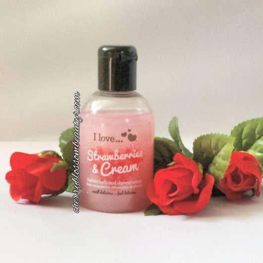I love... Strawberries & Cream bubble bath and shower crème
