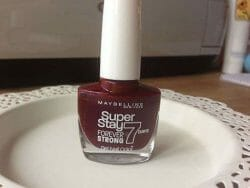 Produktbild zu Maybelline New York Superstay Forever Strong 7 Days Gel Nail Color – Farbe: 287 Midnight Red