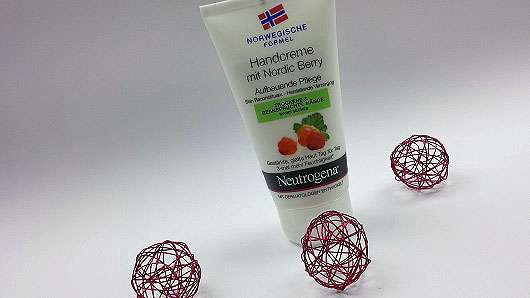 <strong>Neutrogena Norwegische Formel</strong> Bodylotion mit Nordic Berry